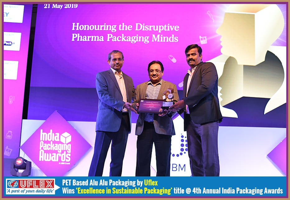 Uflex team receives Excllence in Sustainable Packaging award at 4th Annual India Packaging Awards for PET based Alu-Alu packaging
